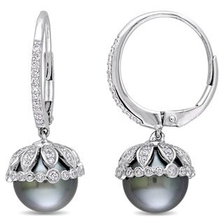 Miadora Signature Collection 14k White Gold Freshwater Pearl and 1/2ct TDW Diamond Cuff Earrings (9-9.5 mm)
