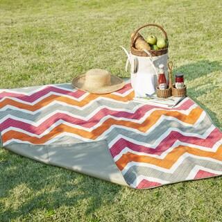 Madison Park Largo Pink/ Grey Waterproof Picnic Blanket