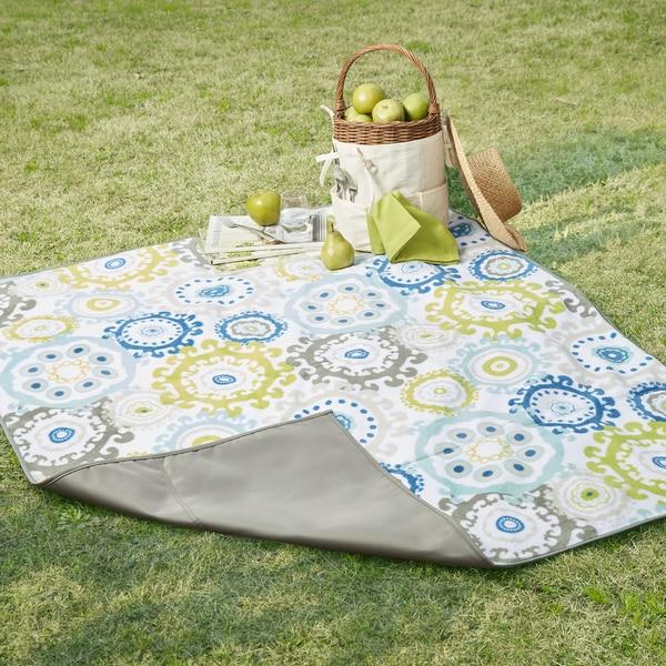 Madison Park Carmel Multi/Grey Waterproof Picnic Blanket