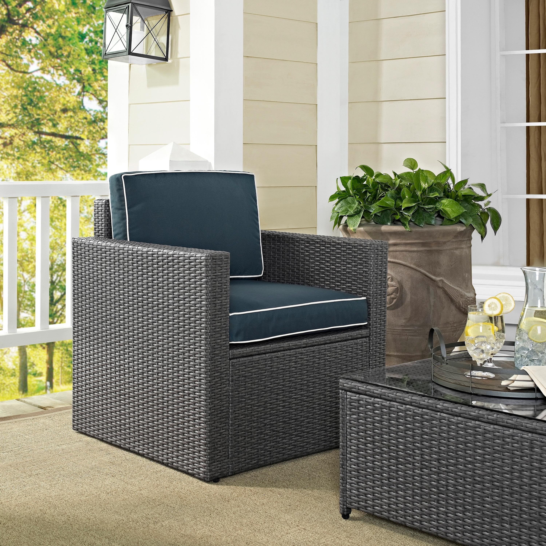 Palm Harbor Outdoor Arm Chair in Grey Wicker with Navy Cushions (Palm Harbor Outdoor Arm Chair in Grey Wicker)