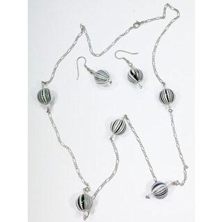 Detti Originals necklace & earring set black & white stripe beads