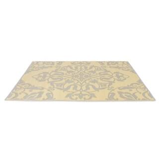eLuxurySupply Soft Gold/Cool Silver Reversible Indoor/Outdoor Mat (4' x 6')