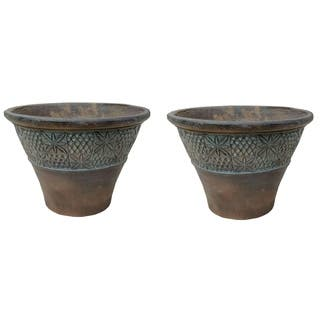 Set of 2 Star Embossed Planters