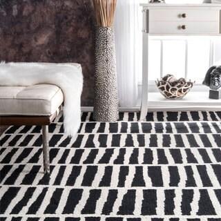 nuLOOM Handmade Abstract Stripe Black and White Wool Runner Rug (2'6 x 8')