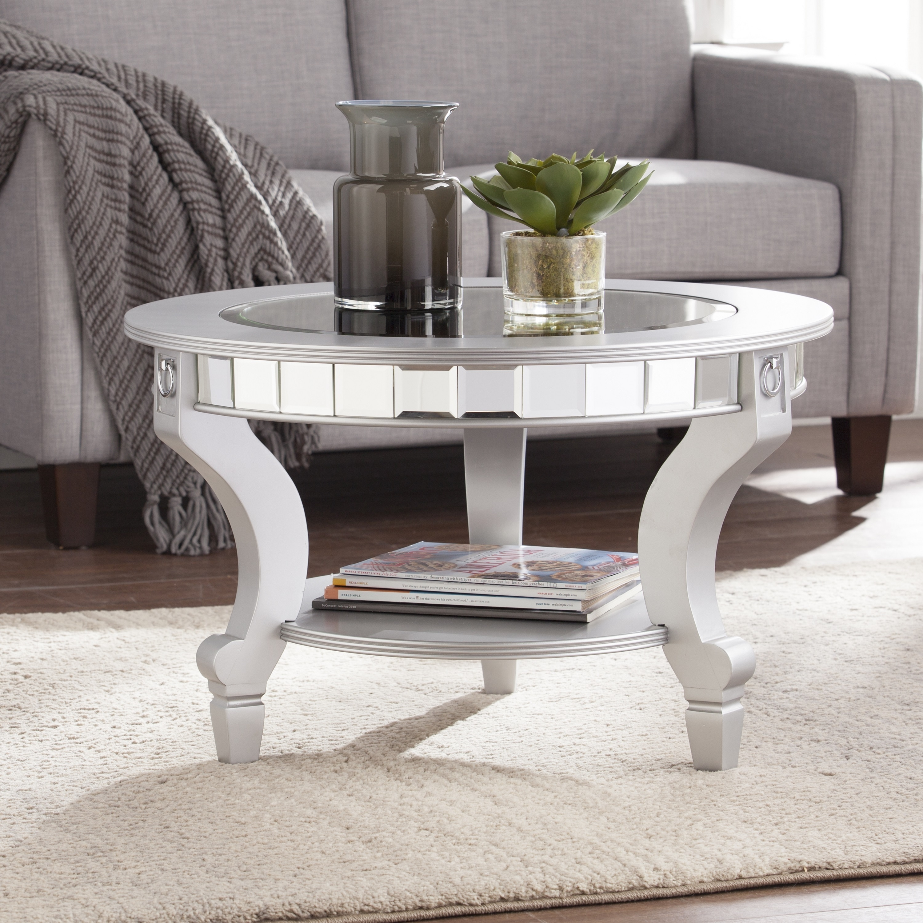 Silver Orchid Olivia Glam Mirrored Round Cocktail Table   Matte Silver
