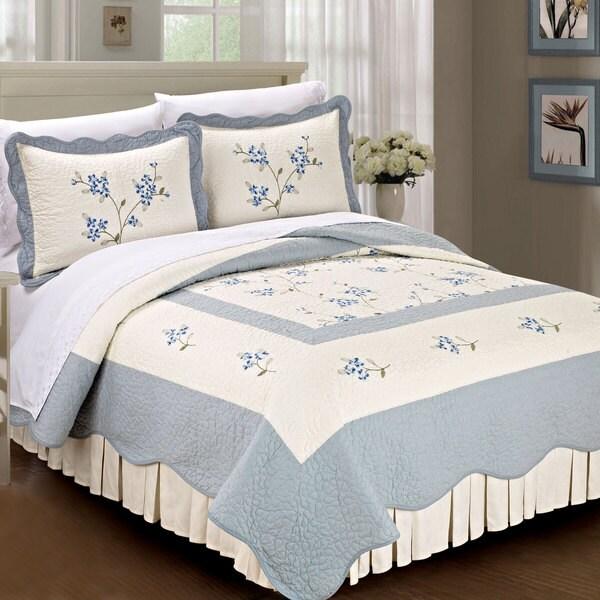 Serenta Prewashed Classic Embroidery Hawaiian Flowers 3-piece 100-percent Cotton Quilt Set