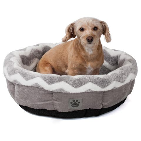 Snoozzy Hip as a Zig Zag Shearling Round Pet Bed