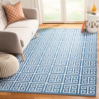 Safavieh Montauk Hand-Woven Blue/ Ivory Cotton Area Rug - 4' x 6'