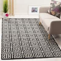 Safavieh Montauk Hand-Woven Black/ Ivory Cotton Area Rug - 4' x 6'