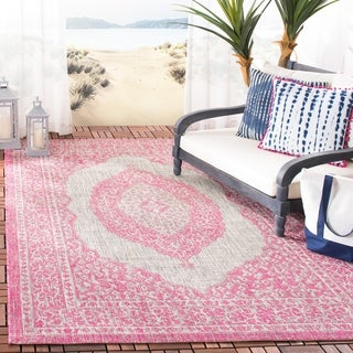 Safavieh Courtyard Moroccan Indoor/Outdoor Grey/ Pink Area Rug (5' 3 x 7' 7)