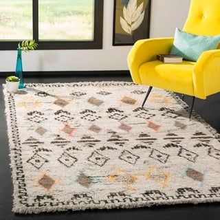 Safavieh Kenya Hand-Knotted Natural/ Multi Wool Area Rug (5' x 8')
