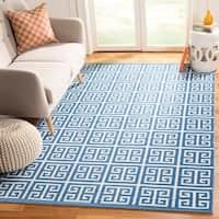 Safavieh Montauk Hand-Woven Blue/ Ivory Cotton Area Rug - 5' x 8'