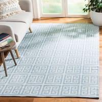 Safavieh Montauk Hand-Woven Blue/ Ivory Cotton Area Rug (5' x 8')
