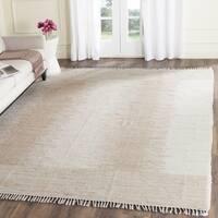 Safavieh Montauk Hand-Woven Beige Cotton Area Rug - 5' x 7'