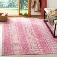 Safavieh Courtyard Moroccan Indoor/Outdoor Grey/ Pink Area Rug - 8' x 11'