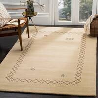 Safavieh Himalaya Hand-Spun Beige/ Multi Wool Area Rug - 8' x 10'