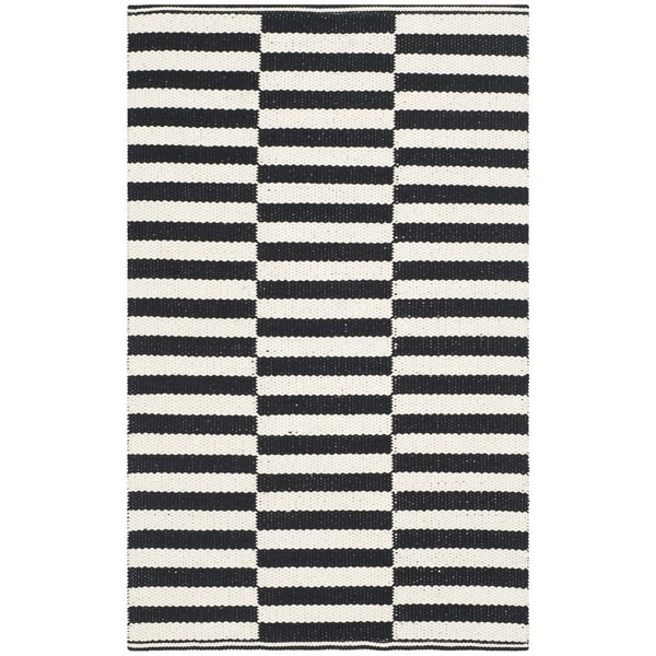 Safavieh Montauk Hand-Woven Ivory/ Black Cotton Accent Area Rug - 2'6 x 4'