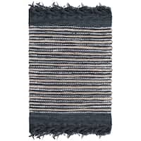 """Safavieh Vintage Leather Hand-Woven Grey/ Multi Accent Area Rug - 2'3"""" x 4'"""
