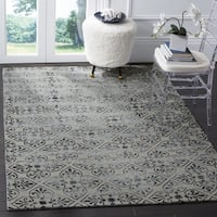 Safavieh Dip Dye Hand-Tufted Grey Wool Area Rug - 7' Square