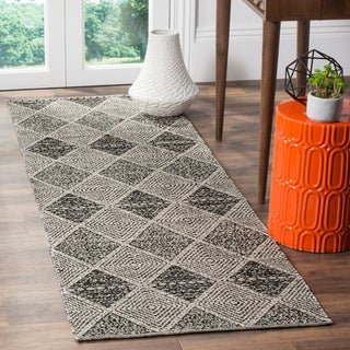 Safavieh Montauk Hand-Woven Black Cotton Runner Rug (2' 3 x 9')
