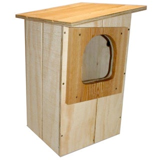 Stovall Barred Owl Mounted Feeder