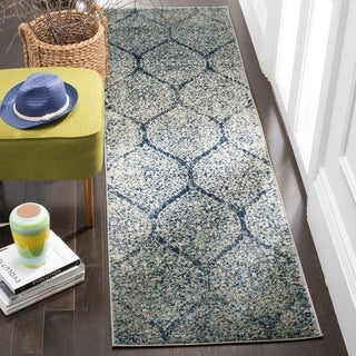 Safavieh Madison Vintage Navy/ Silver Distressed Runner Rug (2' 3 x 6')