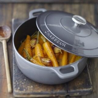 Chasseur 5.5-quart Caviar-Grey Enameled Cast Iron Round Dutch Oven