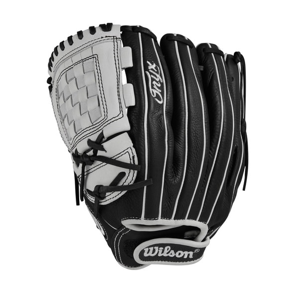 Wilson Onyx Fastpitch Softball 12in Pitcher/IF Glove