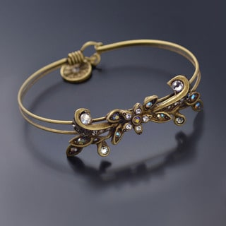 Sweet Romance Vintage Flower Caroline Wedding Bangle Bracelet - Silver