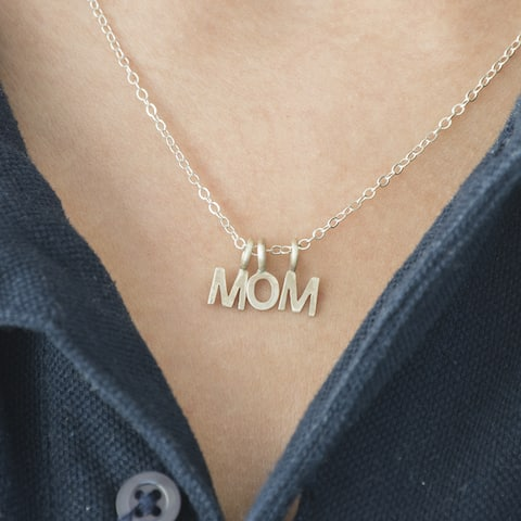 Twobirch 10k High Polish Gold Block Letter 'MOM' Mother's Day Pendant