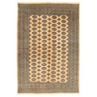 Herat Oriental Pakistani Hand-knotted Bokhara Wool Rug (6' x 8'11)