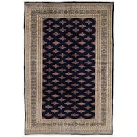 Herat Oriental Pakistani Hand-knotted Bokhara Wool Rug (6'6 x 9'8)