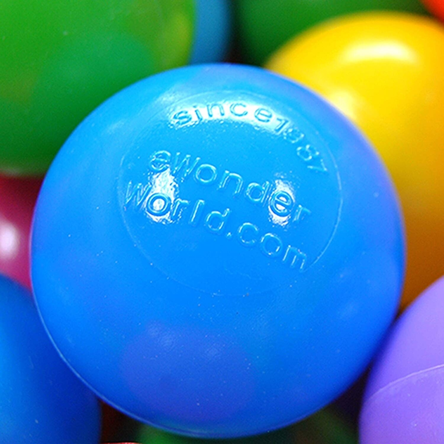 EWONDERWORLD 200 Count Non-Toxic Crush Proof Plastic Play Balls for Ball Pit with 8 Vibrant Colors and Blue Storage Mesh Bag