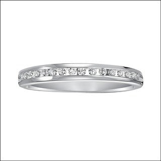 Cambridge 14k White Gold 1/5ct TDW Channel Diamond Anniversary Band