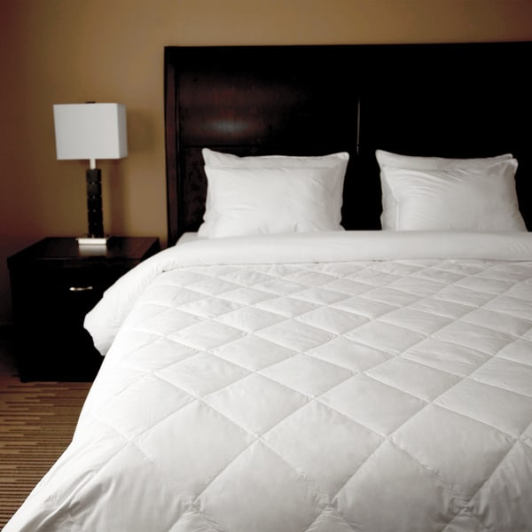 Hospitality Single Diamond White Down Oversized Blanket