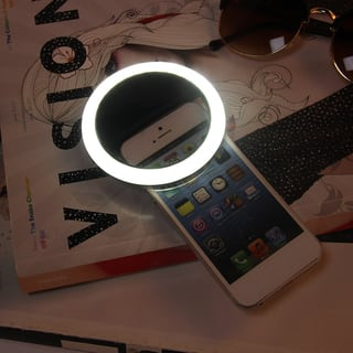 Rechargeable Selfie LED Ring Camera Fill Light for iPhone for Android|https://ak1.ostkcdn.com/images/products/15263359/P21734566.jpg?impolicy=medium