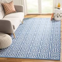 Safavieh Montauk Hand-Woven Blue/ Ivory Cotton Area Rug - 8' x 10'