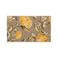 Laura Ashley Hydrangea Chamomile Indoor/Outdoor Rug - (27 x 45 in.)