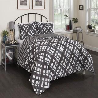 Vue Mae Reversible Comforter Set