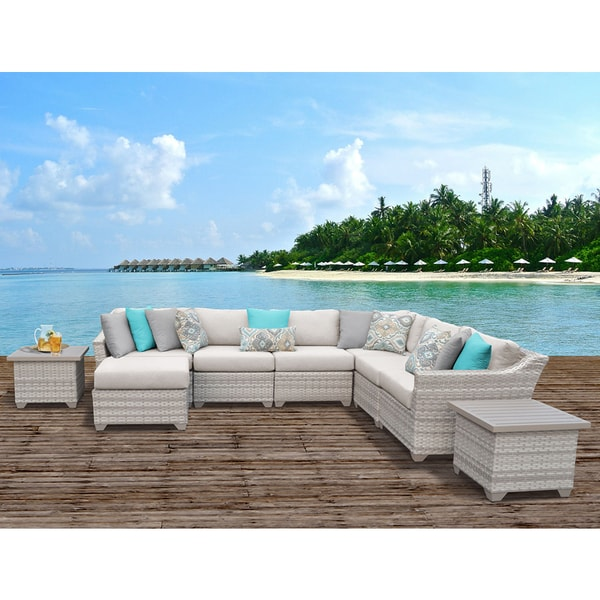Fairmont Patio Furniture.Shop Fairmont 9 Piece Outdoor Wicker Patio Furniture Set 09c On
