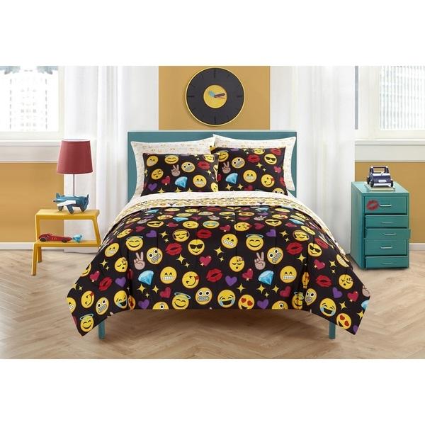 Emoji Pals Black 7-piece Bed in a Bag Set