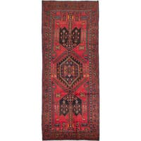 eCarpetGallery Zanjan Red Wool Hand-knotted Rug (4'4 x 10'7)