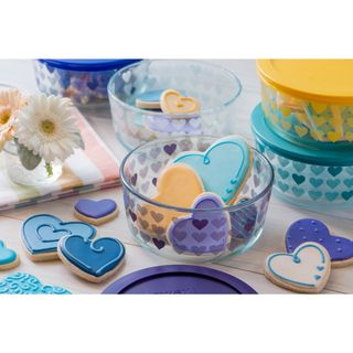Pyrex 10-Piece Hearts Decorated Storage Set