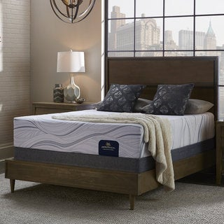 Serta Perfect Sleeper Shimmering 12-inch Split Queen-size Gel Memory Foam Mattress Set