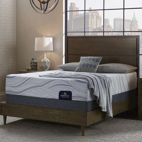 Serta Perfect Sleeper Cedarcrest 10-inch Split Queen-size Gel Memory Foam Mattress Set