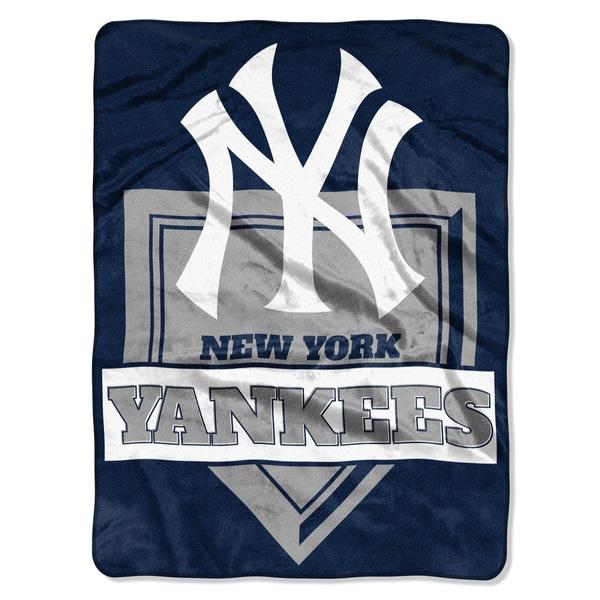 MLB 0803 Yankees Home Plate Raschel Throw