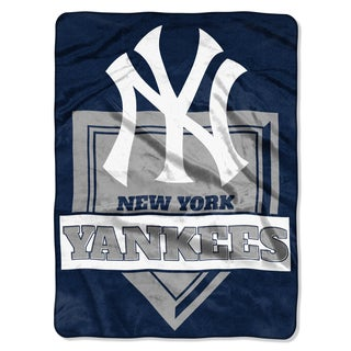 MLB 0803 Yankees Home Plate Raschel Throw