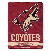 NHL 659 Coyotes Breakaway Micro Throw