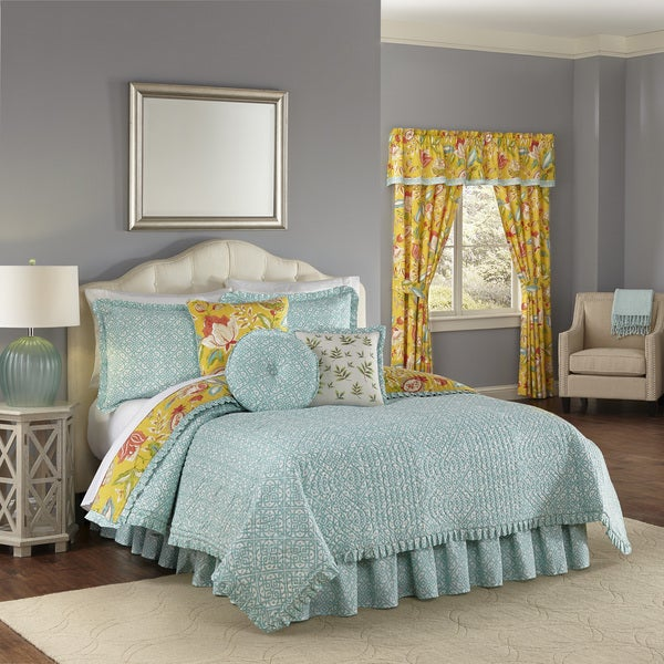 e45ce90a67ad Shop Waverly Modern Poetic Sunshine Cotton Quilt Set - Free Shipping ...