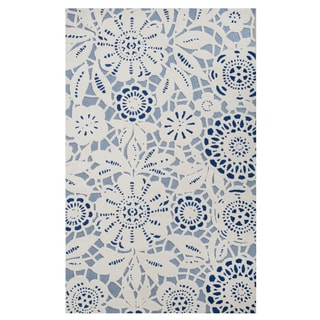 Excell Chantilly Blue Lace Area Rug (5' x 8')